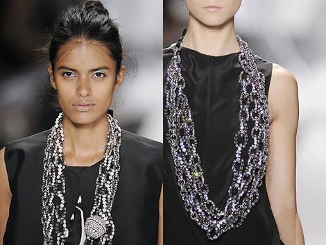 veraw neck1 Jeseň/zima 2008: Čo na krk? Reťaze, retiazky a náhrdelníky starej mamy