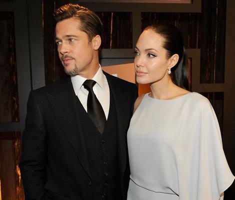 angelina jolie 00 Angelina Jolie vo večerných šatách opäť presvedčila o dobrom vkuse
