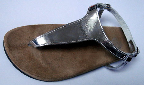 http://www.stajl.sk/wp-content/uploads/2009/03/bata-grecke-sandale-01.jpg