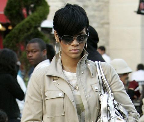 rihanna na jar 00 Rihanna   sprievodca jarnou módou