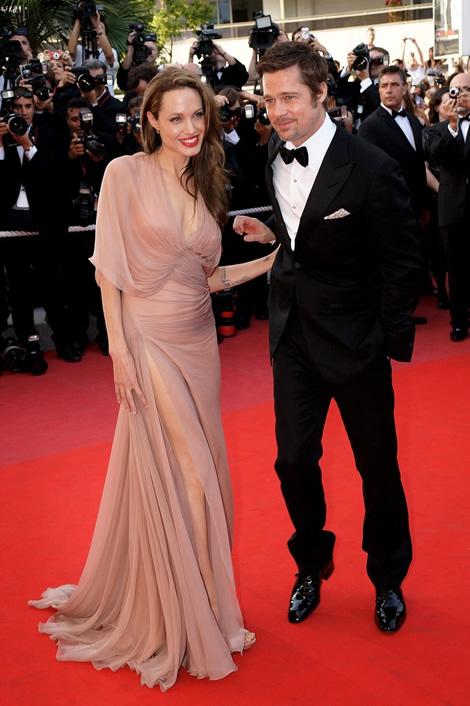 cannes angelina jolie 01 Tie najlepšie šaty z festivalu Cannes 2009