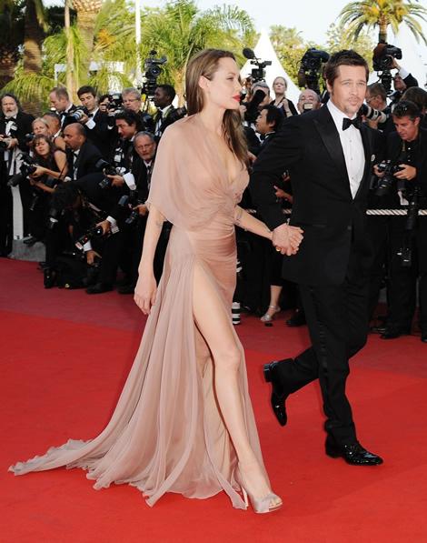 cannes angelina jolie 02 Tie najlepšie šaty z festivalu Cannes 2009