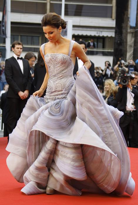 cannes eva longoria atelier versace 02 Tie najlepšie šaty z festivalu Cannes 2009