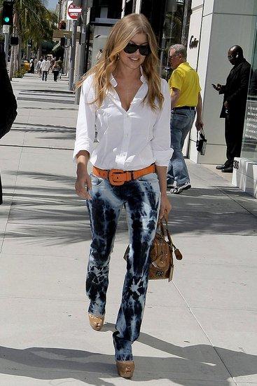 fergie rodeo 085 wenn5116639.preview Vyrobte si (staro)nový trend: Plesnivé džínsy