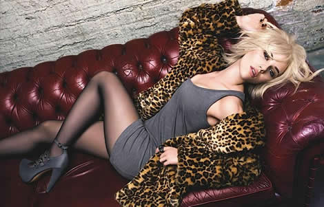 scarlett johansson mango 01 Scarlett Johansson tvárou MANGA