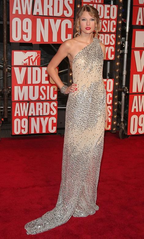 mtv vmas 2009 taylor swift 01 MTV Video Music Awards 2009, 2. časť