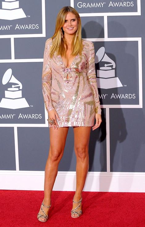 grammy awards 2010 heidi klum Grammy Awards 2010: Lady Gaga šokuje, Viktor & Rolf boduje