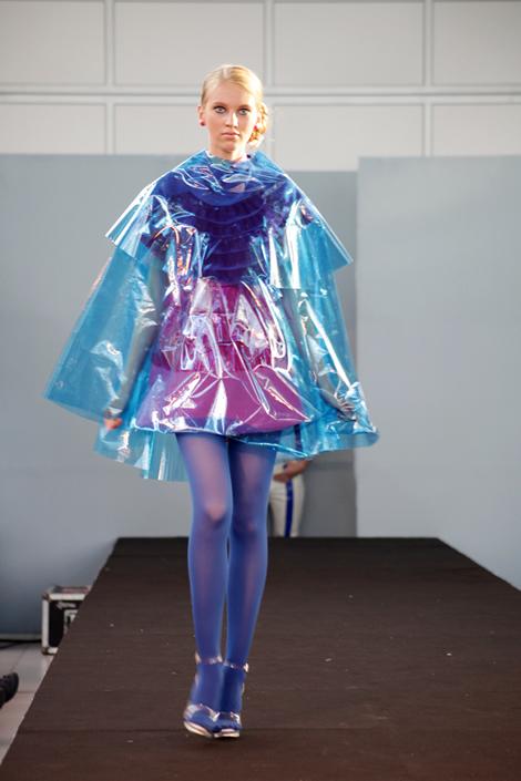 Fashion Atelier 343 predviedol tvorbu našich bakalárov a diplomantov VŠVU