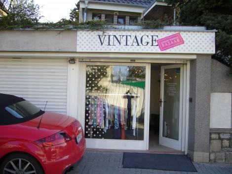 P1020890 470x352 Vintage Luxury Fashion Bazar: Dizajnérske značky za nižšie ceny