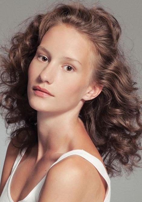 Zuzana L Elite Model Look 2010 má svoje finalistky pre Slovenské a České kolo