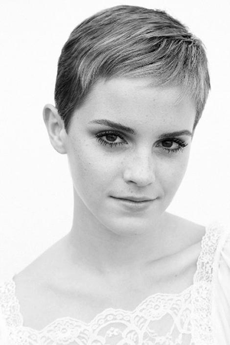 Emma watson sa so zmenou účesu naozaj nepára, prešla na pixie