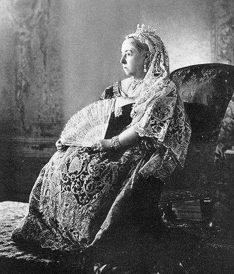 Príbeh svadobných šiat, 1. časť: Kráľovná Viktória a jej biela revolúcia