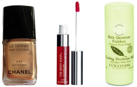 vyrobky Tip na nákup: Červené líčka a pery, zlaté nechty a vôňa citrónu
