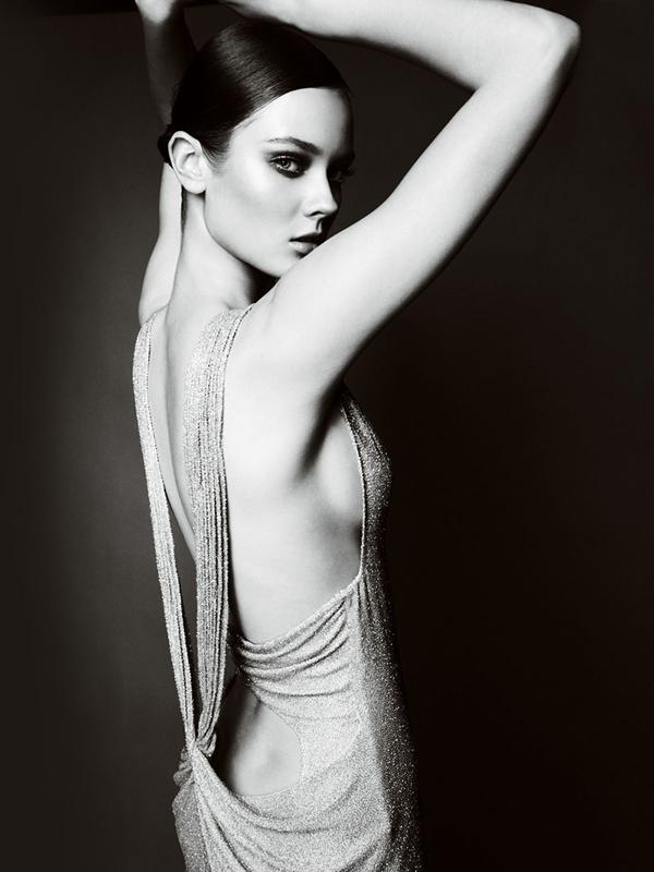Atlier2010P2Versace5 Ďalšie jesenné potešenie očí od Atelier Versace 2011