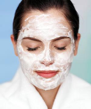 tvarohova maska Zvláčnite vašu pokožku pred príchodom jari    jednoducho a doma