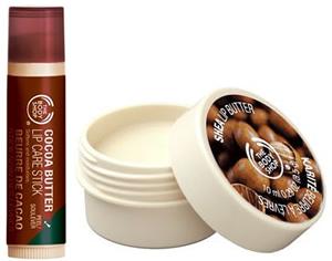 bodyshop pery Skúsili sme: Bambucké vs. kakaové maslo na pery The Body Shop