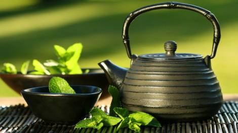 drink tea 852x480 80905 470x264 Piť čaj sa oplatí pre zdravie aj krásu