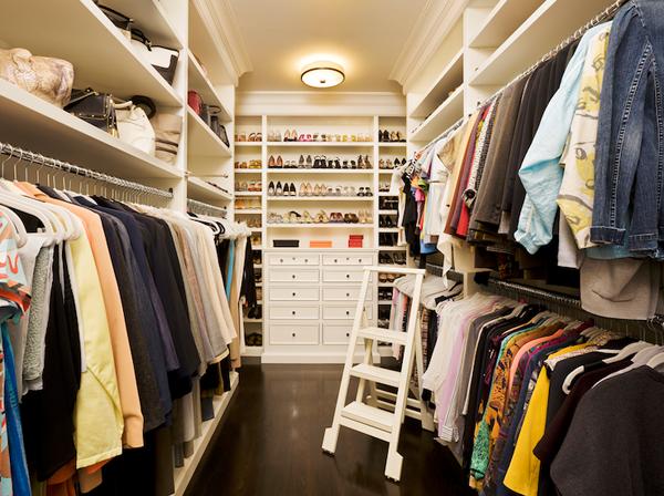 Walk in closets 3 33 inšpirácií a 11 tipov, ako by mal vyzerať váš vysnívaný a ideálny šatník