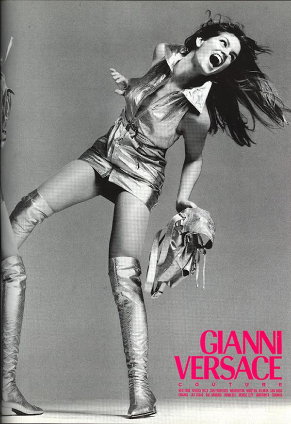 Gianni Versace 1 10.93 Aká Cindy, taká Kaia. Nová hviezda Versace