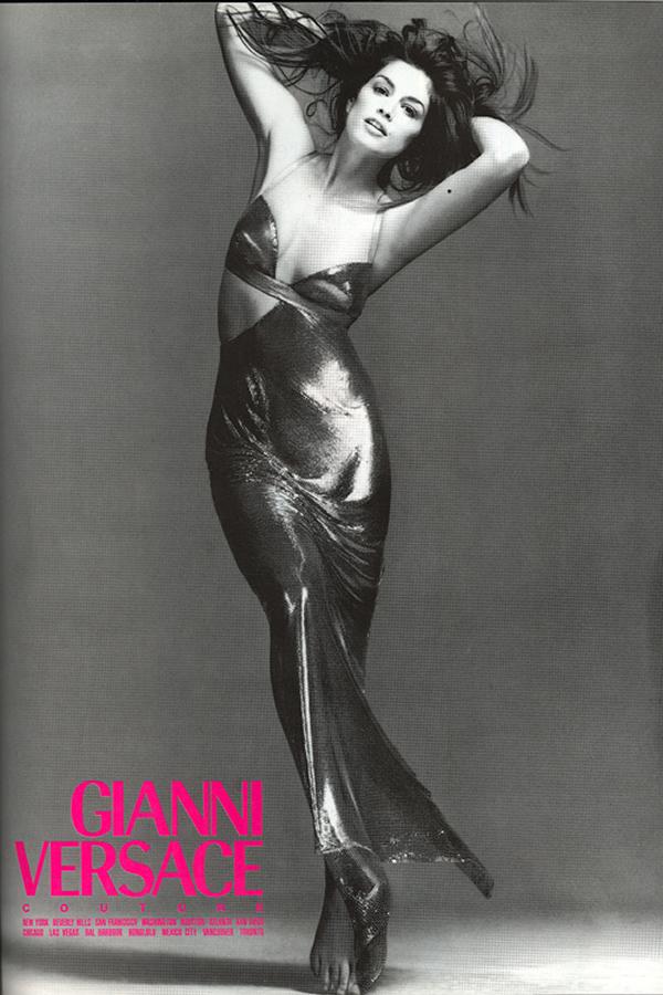 Gianni Versace ad 10.93 Aká Cindy, taká Kaia. Nová hviezda Versace