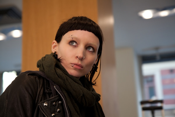 Rooney Mara as Lisbeth Salander in Girl With The Dragon Tattoo Lisbeth Salander: Nový typ módneho idolu?