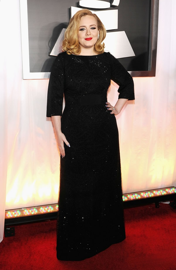 adele grammy awards 2012 01 Grammy Awards 2012: Čierny smútok za Whitney