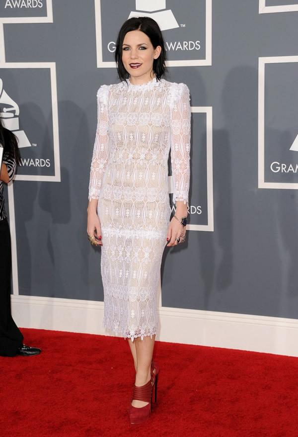 skylar grey grammys 08 Grammy Awards 2012: Čierny smútok za Whitney