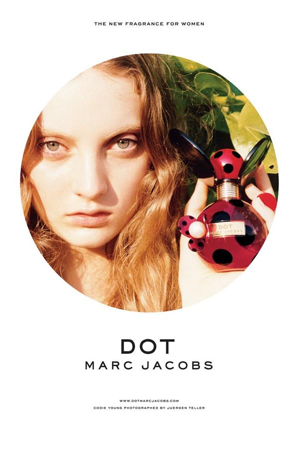 o.18704 Marc Jacobs dáva v tvorbe parfémov bodku