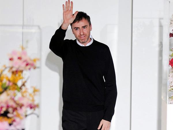 r simons Dior má nového dizajnéra, je ním Raf Simons