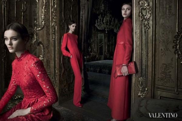 Valentino Fall 2012 600x398 To najlepšie z módnych kampaní na jeseň/zimu 2012