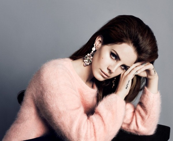 lana1 600x491 Lana Del Rey tvárou jesennej kolekcie H&M