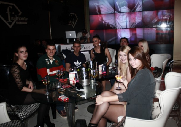 IMG 4610 610x429 Fashion Café /Košice/: Fashion Girl