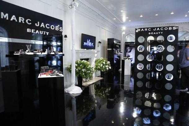 marc jacobs beauty14 610x406 Všetko, čo by ste mali vedieť o novej kolekcii Marc Jacobs Beauty