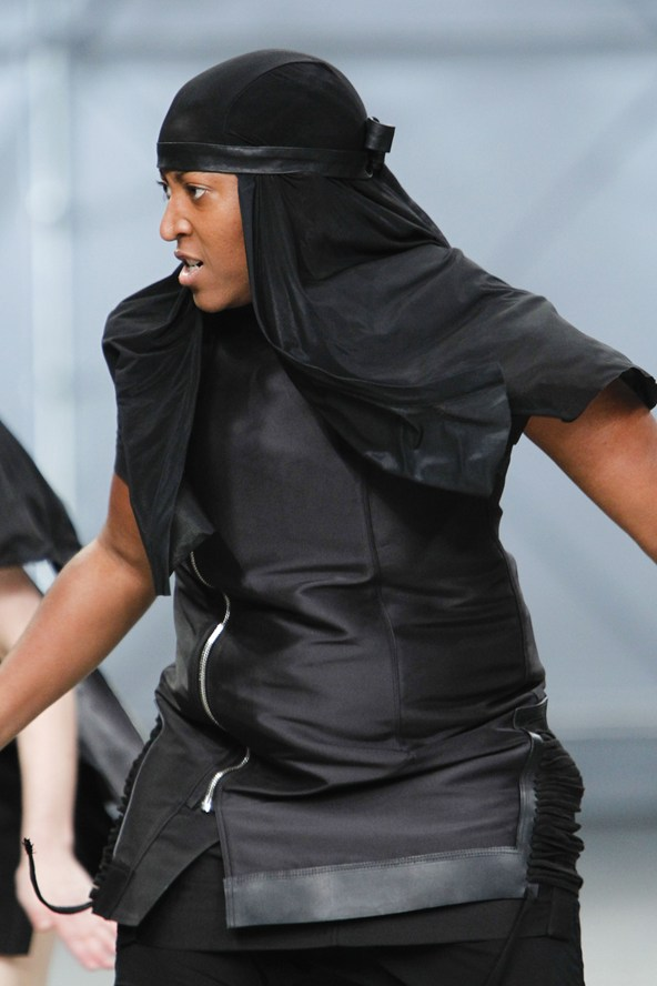 00050h 592x888 19 Rick Owens jar/leto 2014 RTW: Girl power