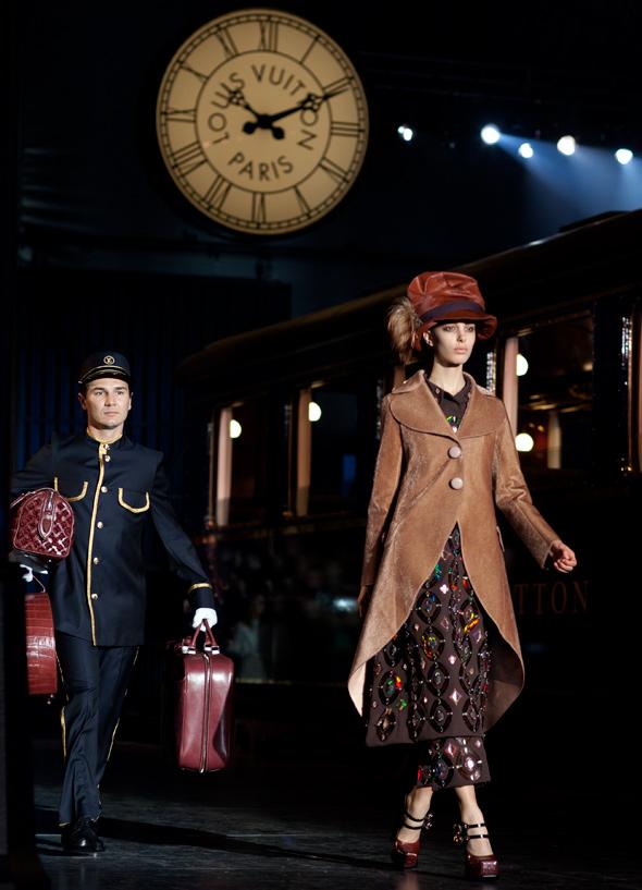 LV13 2319Web1 Najlepšie fashion show momenty Louis Vuitton