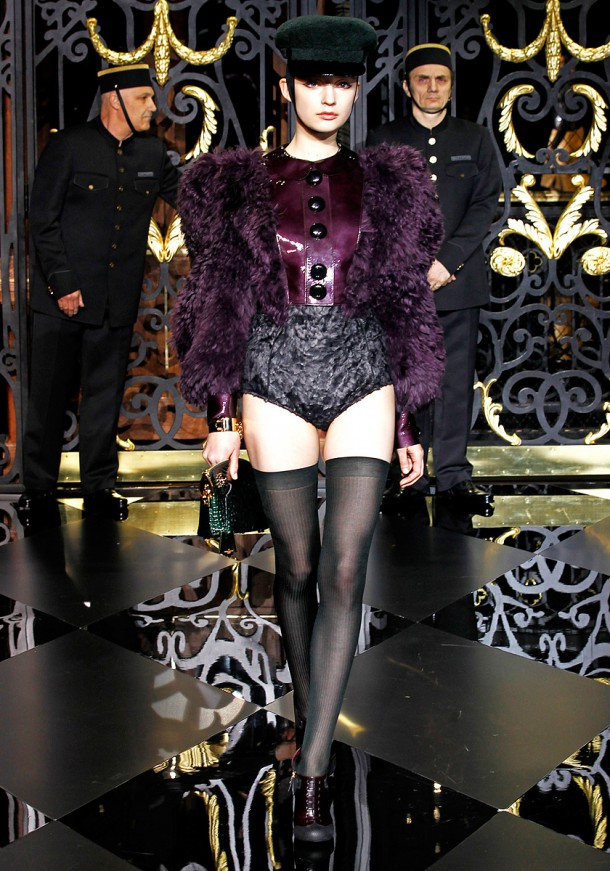louis vuitton rtw fw2011 runway 31 101401417248 610x871 Najlepšie fashion show momenty Louis Vuitton