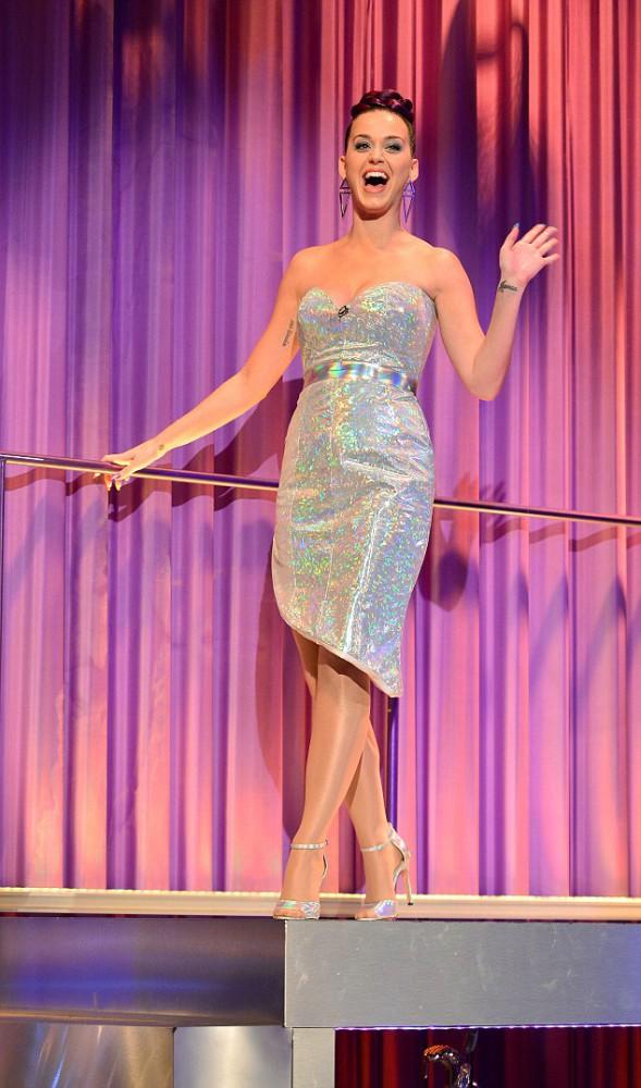 Katy Perry 321 589x1000 Najlepšie a najhoršie outfity týždňa