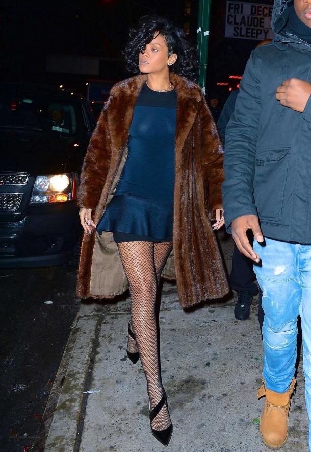 Rihanna285 610x885 Najlepšie a najhoršie outfity týždňa