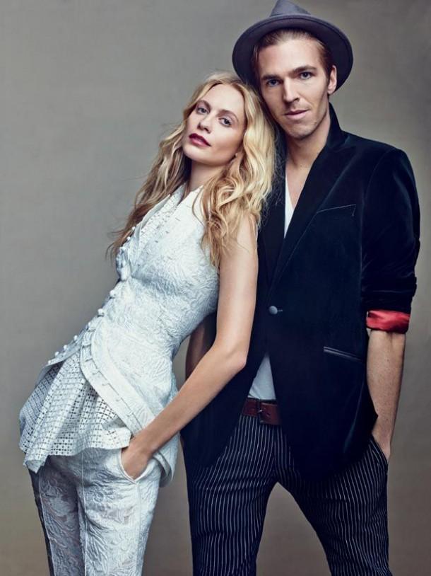 poppy delevigne and fiance posing in vogue1 610x814 Na čo sa tešiť v roku 2014