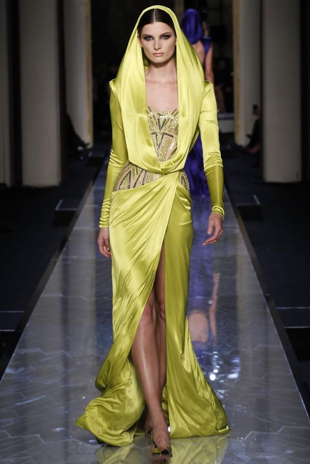 Atelier Versace Haute Couture SS 2014 16 610x913 Haute Couture šaty, ktoré chceme vidieť na Oskaroch