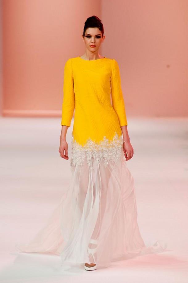 ste phane rolland couture haute couture spring 2014 pfw28 610x915 Haute Couture šaty, ktoré chceme vidieť na Oskaroch