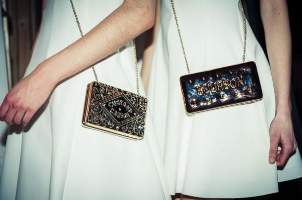 Anya Hindmarch 610x405 Najzaujímavejšie kabelky z jesenných kolekcií 2014