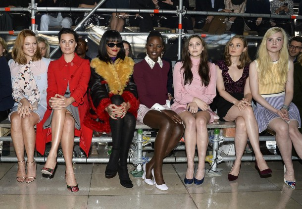 Celebrities Front Row Paris Fashion Week Fall 2014 610x422 Top momenty sezóny jeseň/zima 2014