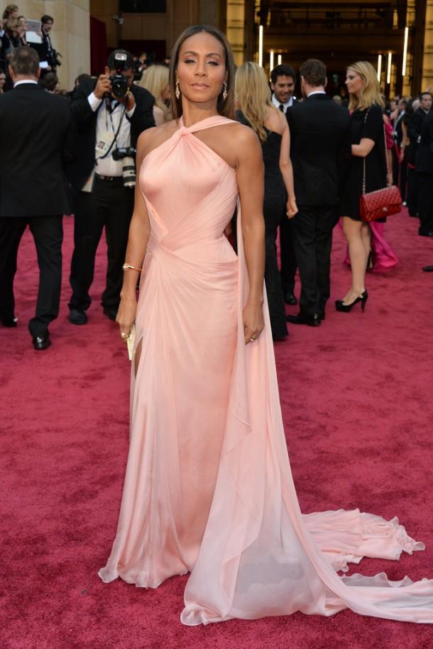 Jada Pinkett Smith 610x915 Najlepšie a najhoršie outfity týždňa /Oscary 2014/