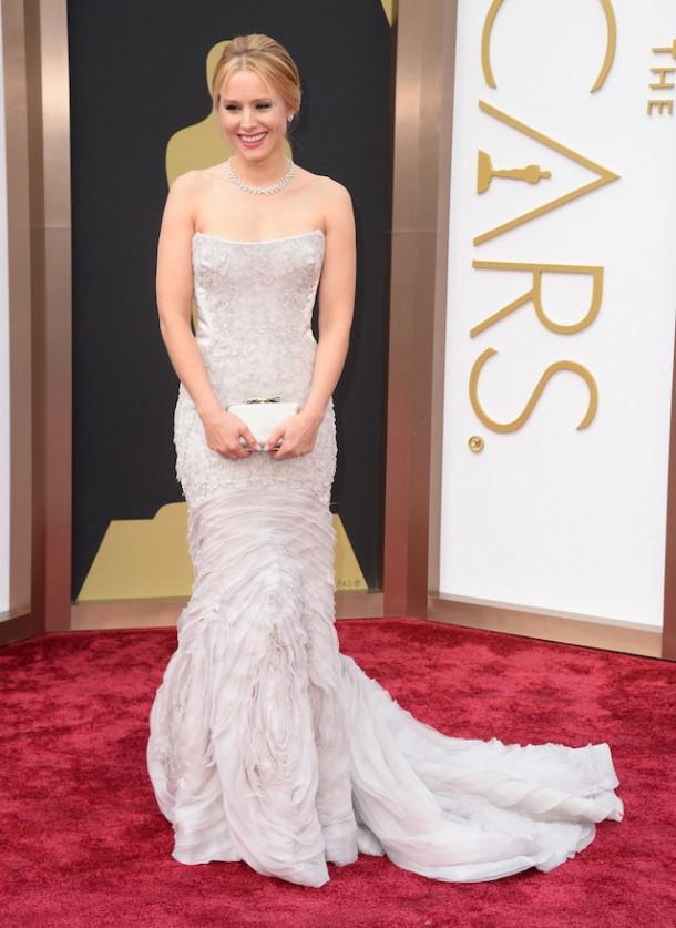 Kristen Bell 610x837 Najlepšie a najhoršie outfity týždňa /Oscary 2014/