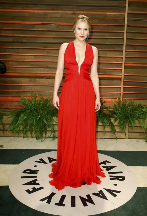 Kristen Bell Oscar 2014 Vanity Fair Party 02 610x898 Najlepšie a najhoršie outfity týždňa /Oscary 2014/