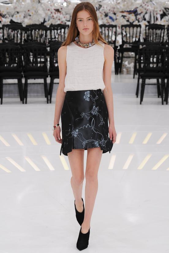 00350h 457017380 north 552x Dior Haute Couture jeseň/zima 2014 15