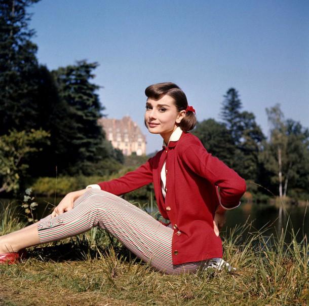 Audrey Hepburn 610x604 Päť klasických Audrey Hepburn kúskov, ktoré váš šatník potrebuje