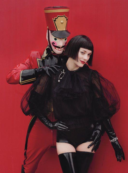 Wmagazine dec 2012 To najkrajšie z vianočných módnych editorálov