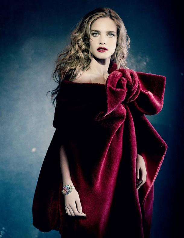 natalia vodianova paolo roversi vogue russia december 2014 1 610x790 To najkrajšie z vianočných módnych editorálov